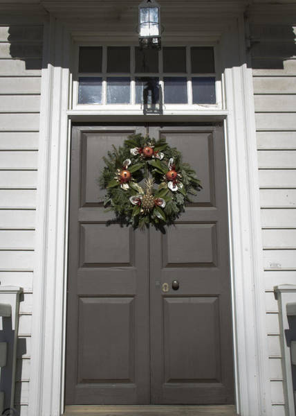 Royal Colony Photograph - Doors Of Williamsburg 19 by Teresa Mucha