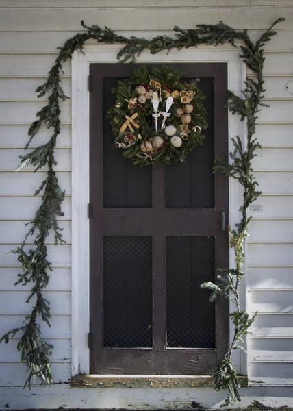 Royal Colony Photograph - Doors Of Williamsburg 20 by Teresa Mucha