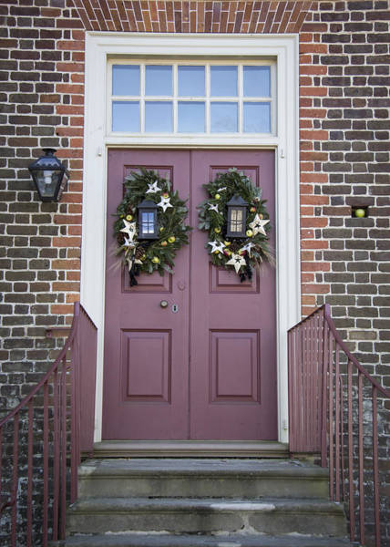 Royal Colony Photograph - Doors Of Williamsburg 21 by Teresa Mucha