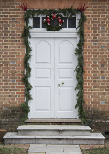 Royal Colony Photograph - Doors Of Williamsburg 31 by Teresa Mucha