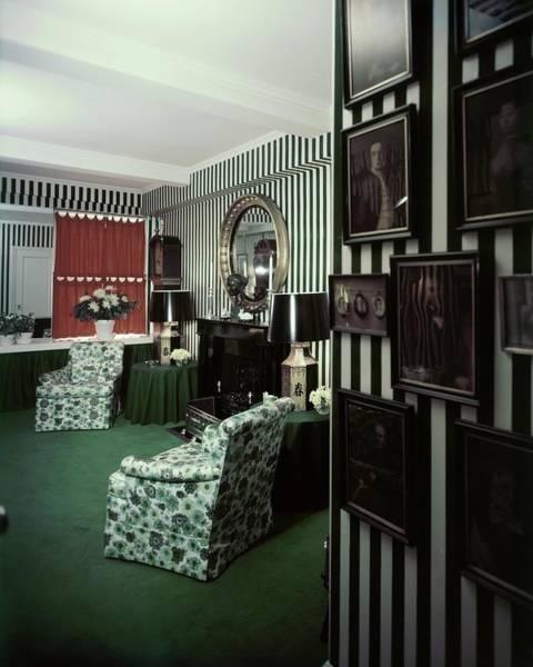 Furniture Photograph - Dorothy Draper's Study by Pedro E. Guerrero