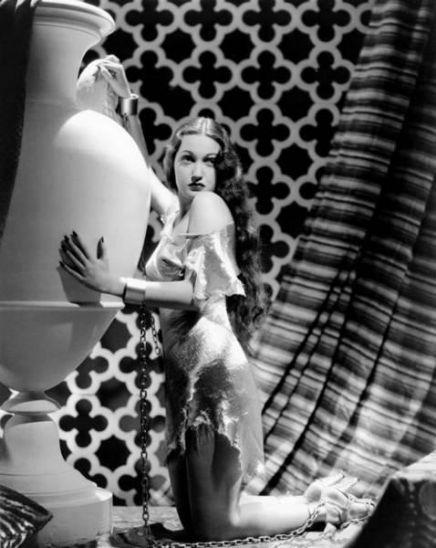 Wall Art - Photograph - Dorothy Lamour, 1939 by Everett