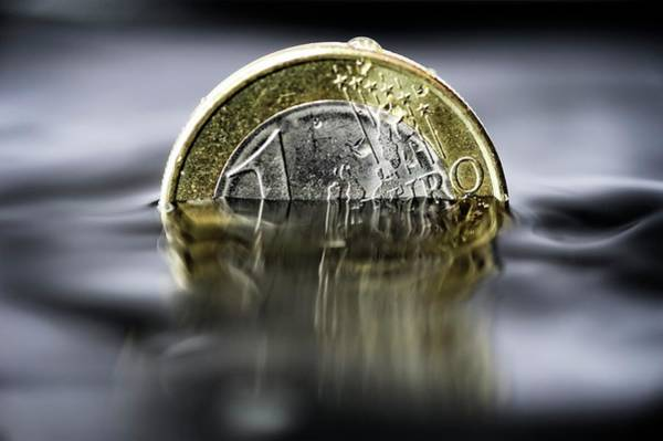 Financial Crisis Photograph - Downfall Of The Eurozone by Bildagentur-online/ohde/science Photo Library