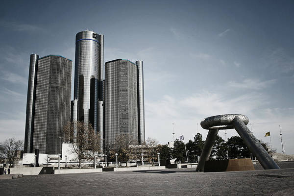 Photograph - Downtown Detroit by Laura Kinker