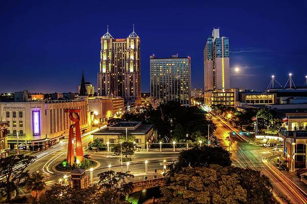 Night Photograph - Downtown San Antonio by John Cabuena  Flipintex Fotod