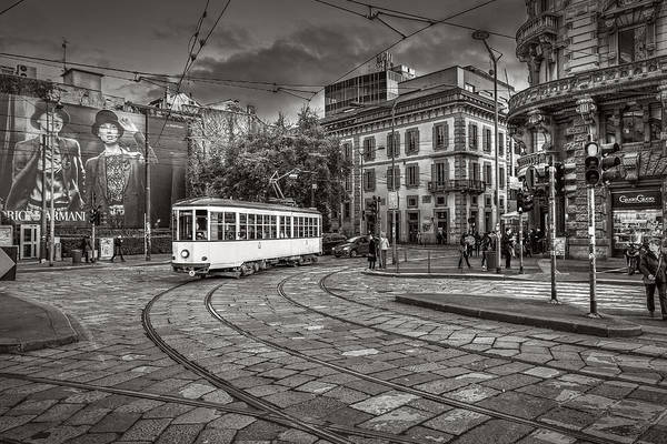 Photograph - Downtown Tram by Roberto Pagani