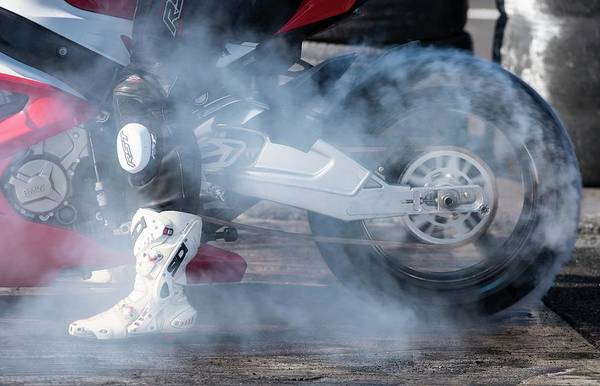 Traction Photograph - Drag Racing Burnout by Tony Camacho/science Photo Library