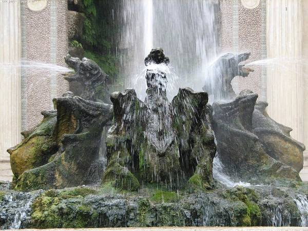 Photograph - Dragon Fountain by Karin Thue