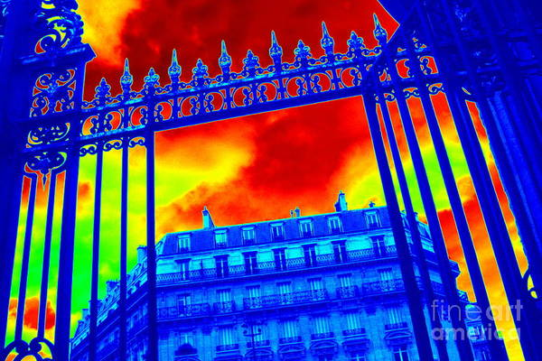 Photograph - Drama In Paris by Carol Groenen