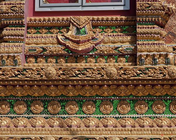 Photograph - Dthu159wat Na Kwai Ubosot Wall Detail Dthu159 by Gerry Gantt