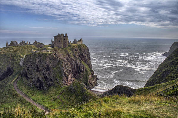 Dunnottar Castle And The Scotland Coast Art Print