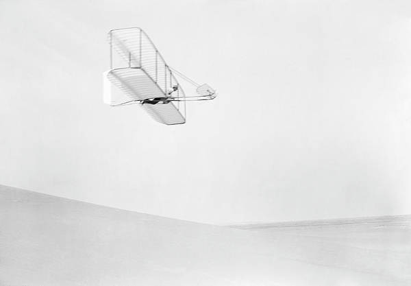 Glider Wall Art - Photograph - Early Glider by Us Library Of Congress/science Photo Library