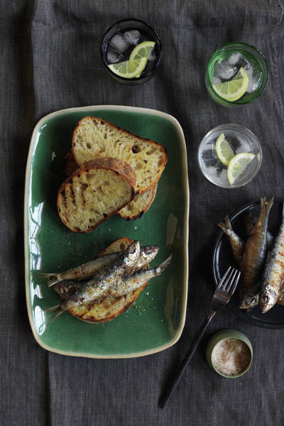 Tray Photograph - Easy Lunch by Jason Loucas