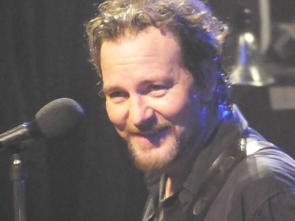 Pearl Jam Photograph - Eddie Close Up by Gary Koett