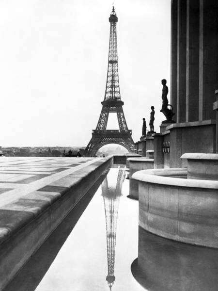 Colonnade Photograph - Eiffel Tower Reflection by Underwood Archives