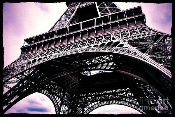 Photograph - Eiffel Tower Romance by Carol Groenen