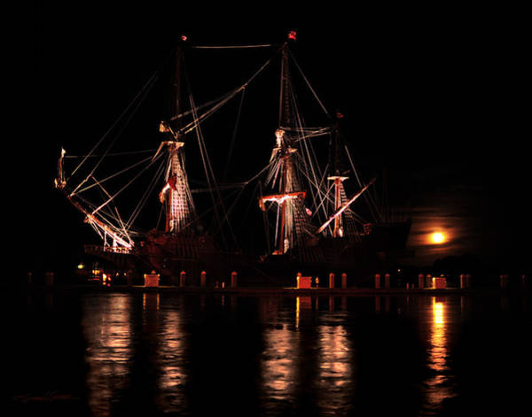 El Galeon At Full Moon Art Print