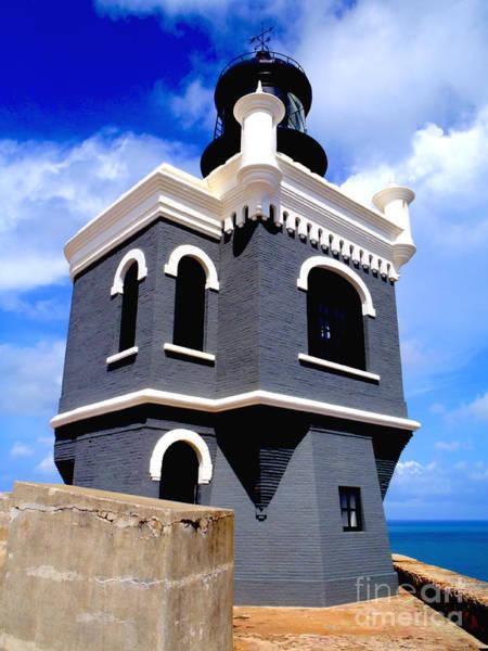 Puerto Rico Photograph - El Morro Lighthouse by Carey Chen