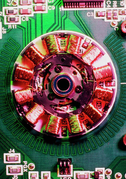 Floppy Disk Photograph - Electric Motor From Computer Floppy Disk Drive by Dr Jeremy Burgess/science Photo Library