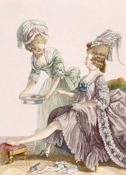 Maid Drawing - Elegant Lady Having Her Feet Washed by Pierre Thomas Le Clerc