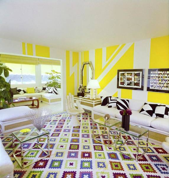 Wall Art - Photograph - Ellen Lehman Mccluskey's Living Room by Horst P. Horst
