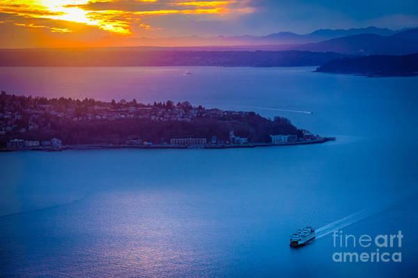 Elliott Photograph - Elliott Bay Sunset by Inge Johnsson
