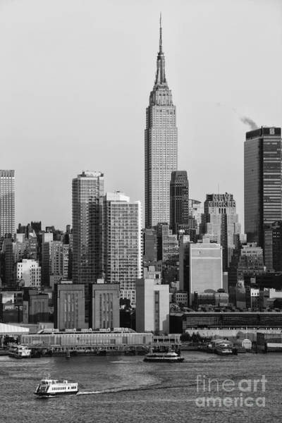 Photograph - Empire State Building V by Clarence Holmes