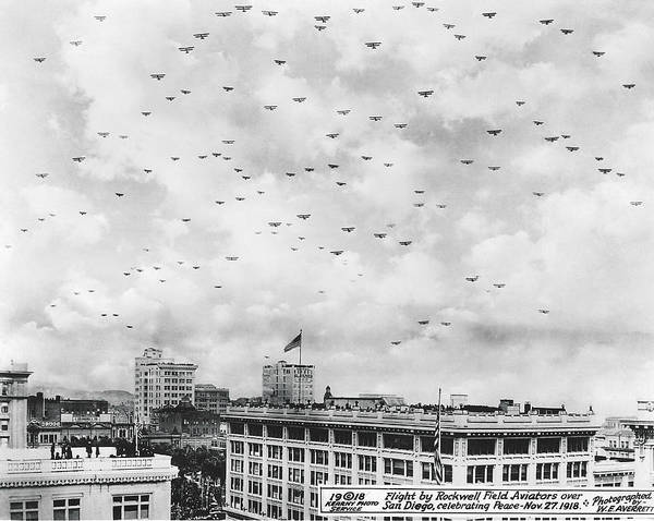 Army Air Corps Photograph - End Of Wwi Celebration by Underwood Archives