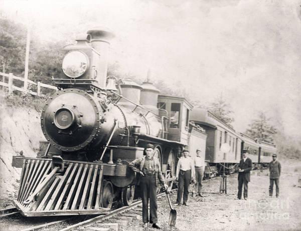 Photograph - Engine No 2 Versailles Kentucky 1912 by David Neace
