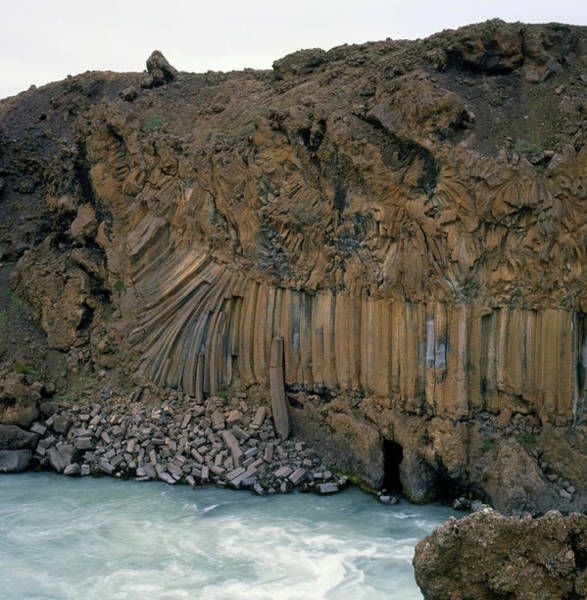 Basalt Columns Photograph - Entablature And Colonnade Formations by Simon Fraser/science Photo Library