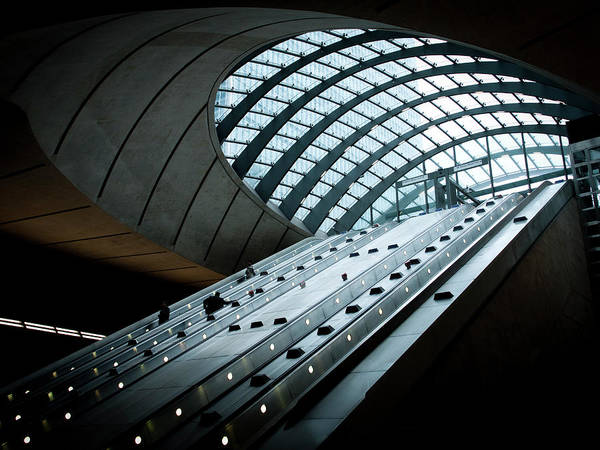 Entrance Photograph - Entrance To The Canary Wharf Tube by Amos Chapple