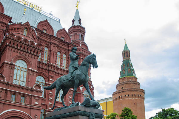 Chape Wall Art - Photograph - Entry To Red Square - Moscow Russia by Jon Berghoff