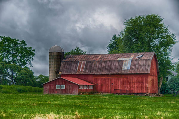 Photograph - Erie County Barn 03452 by Guy Whiteley