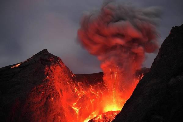Wall Art - Photograph - Eruption Of Mount Batu Tara by Martin Rietze/science Photo Library