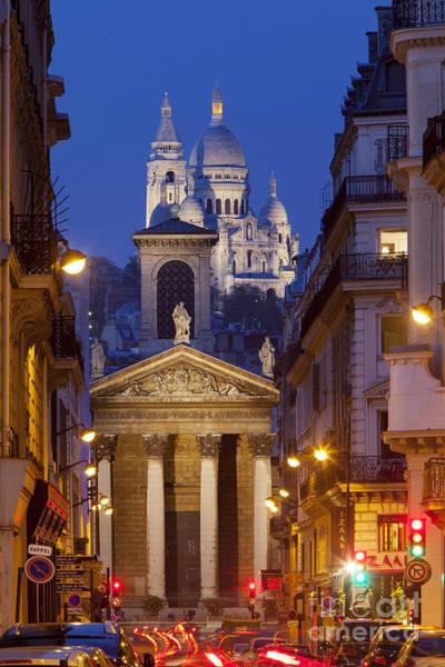 Sacred Heart Photograph - Evening In Paris by Brian Jannsen