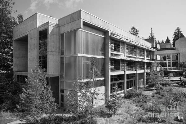 Photograph - Evergreen State College Seminar Building by University Icons
