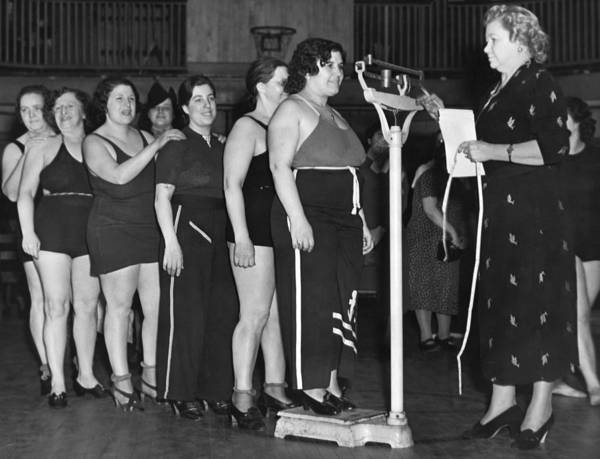 Workout Photograph - Exercise Class Weigh In by Underwood Archives