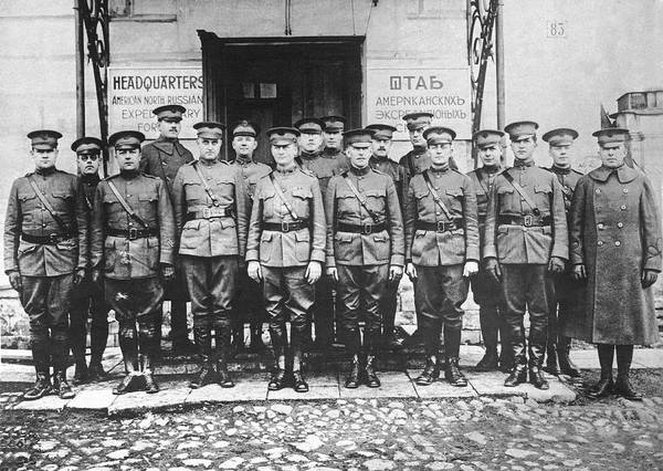 Photograph - Expeditionary Forces In Russia by Underwood Archives