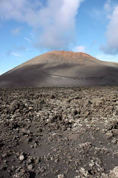Eroded Wall Art - Photograph - Extinct Volcano by Tony Craddock/science Photo Library