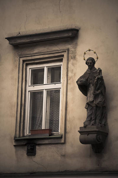 Photograph - Facade With Statue by Maria Heyens