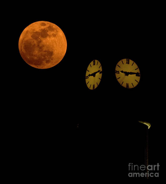 Perigee Moon Photograph - Faces by Lisa Porier