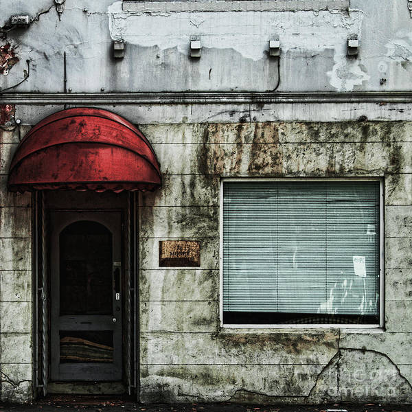 Wall Art - Photograph - Fading Facade by Andrew Paranavitana