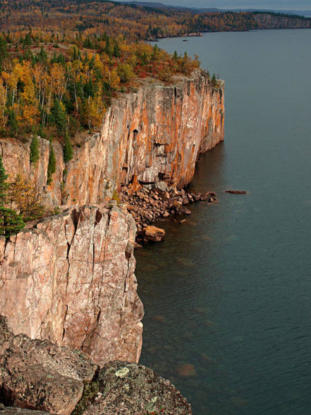 Photograph - Fall Colors Adorn Palisade Head by James Peterson