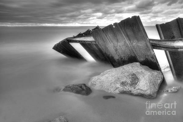 Pointe Wall Art - Photograph - Falling Into Lake Michigan by Twenty Two North Photography