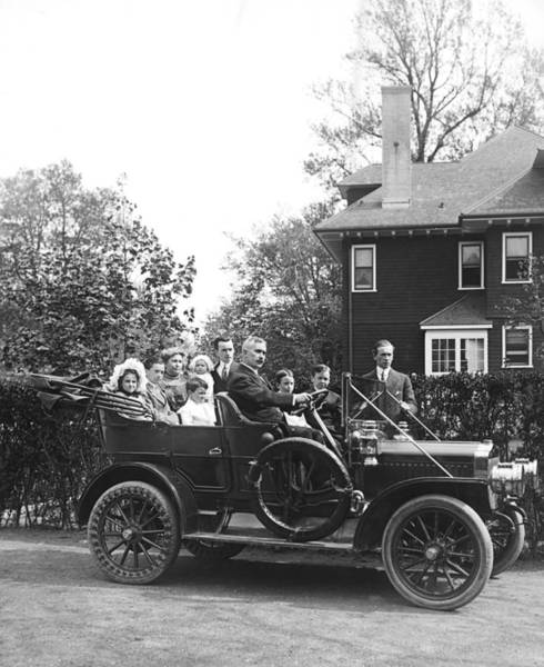 Wall Art - Photograph - Family Ready For Auto Ride by Underwood Archives