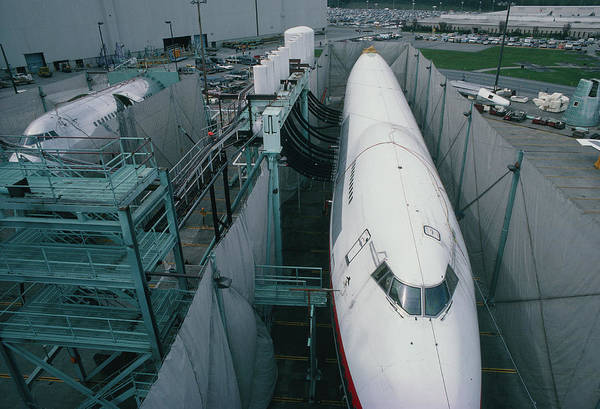 747 Photograph - Fatigue Testing Boeing 747 Fuselages by Peter Menzel/science Photo Library