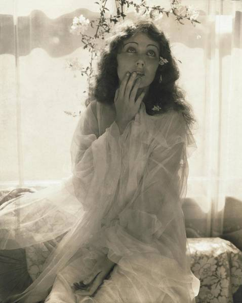 Bed Photograph - Fay Wray As Ophelia by Edward Steichen