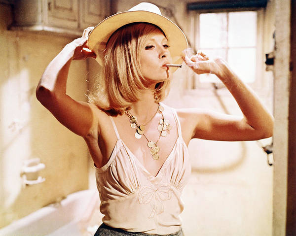 Clyde Photograph - Faye Dunaway In Bonnie And Clyde  by Silver Screen