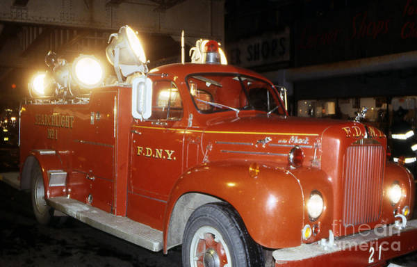 Photograph - Fdny Searchlight 21 by Steven Spak