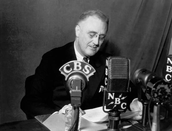 Nbc Photograph - Fdr Addresses Labor Strikes by Underwood Archives